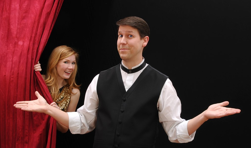 Corporate Comedian Magician... Mark Robinson - Clean Comedian - Cleveland, OH