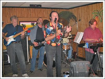 Mike Black & The Stingrays | Choctaw, OK | 50s Band | Photo #3