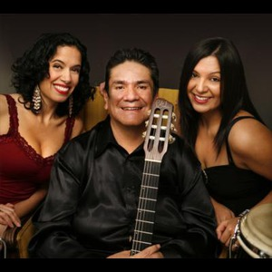 Kansas Latin Singer | Manuel Molina And His Magic Guitar