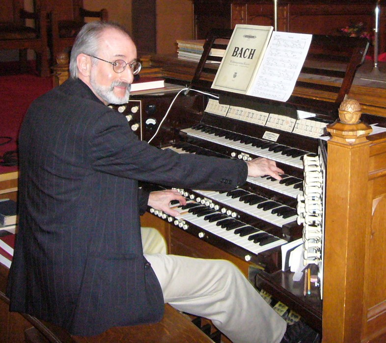 Playing the Casavant pipe organ