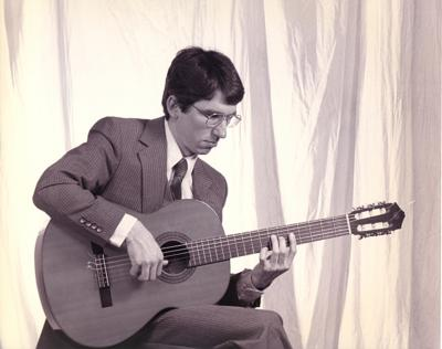 Steven Seidenman | Germantown, MD | Classical Guitar | Photo #4