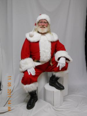 Santa Marc & Mrs. Claus; Marc Arel Services | New Baltimore, MI | Santa Claus | Photo #7