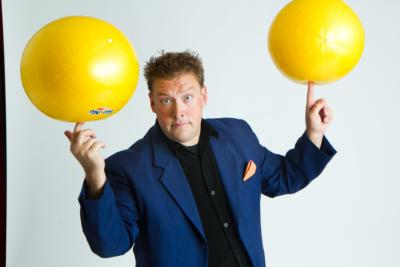 Greg Frisbee: Comedy Juggler & Variety | Santa Cruz, CA | Juggler | Photo #6