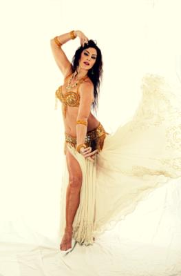 Emily | Cincinnati, OH | Belly Dancer | Photo #10