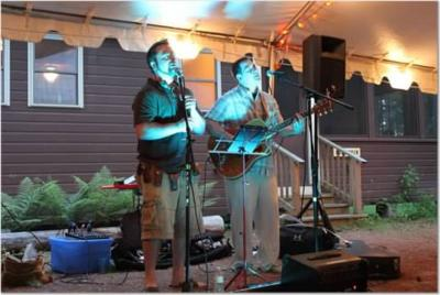 Wellfleet | Rochester, NH | Acoustic Band | Photo #4