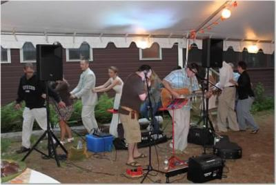 Wellfleet | Rochester, NH | Acoustic Band | Photo #6