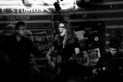Carol Pacey and the Honey Shakers | Tempe, AZ | Americana Band | Photo #1