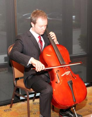 Jordan Schug | Detroit, MI | Cello | Photo #12