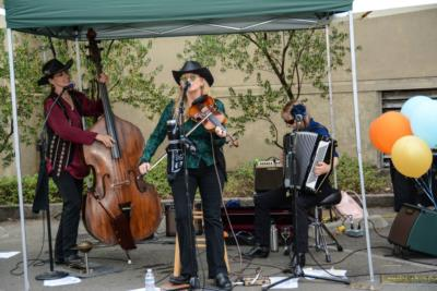 Annie Marie & Fiddlaround | Benicia, CA | Variety Band | Photo #20