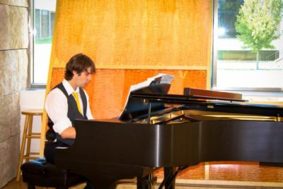 Cole Thomas | White Bear Lake, MN | Piano | Photo #1