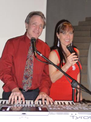 J2 - Janet Hammer & Jay Berman | La Jolla, CA | Cover Band | Photo #13