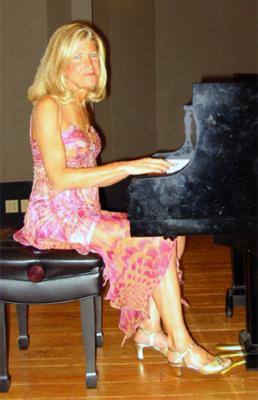 Joan Kurland--Piano/Vocals From The Heart | San Diego, CA | Piano | Photo #1