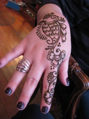 Henna Happiness Party Art | Huntington, NY | Henna Artist | Photo #7