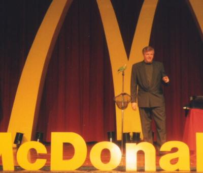 Dana Daniels Comedian Magician | Orange, CA | Comedy Magician | Photo #4