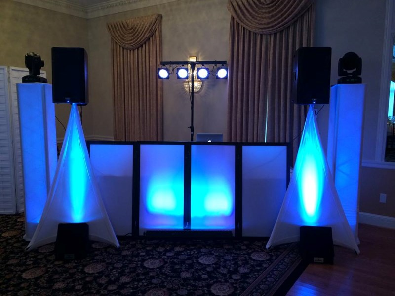 Cookeville DJ/Photo booth+5 Diamond Productions DJ