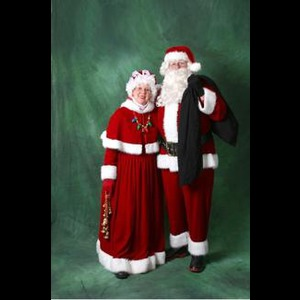 Santa  And Mrs Claus - Santa Claus - Onalaska, WI