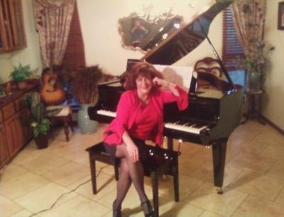 Sharon Abney  | San Antonio, TX | Piano | Photo #12