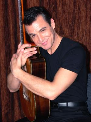 Daniel Bouchet | Miami, FL | World Music Singer | Photo #6