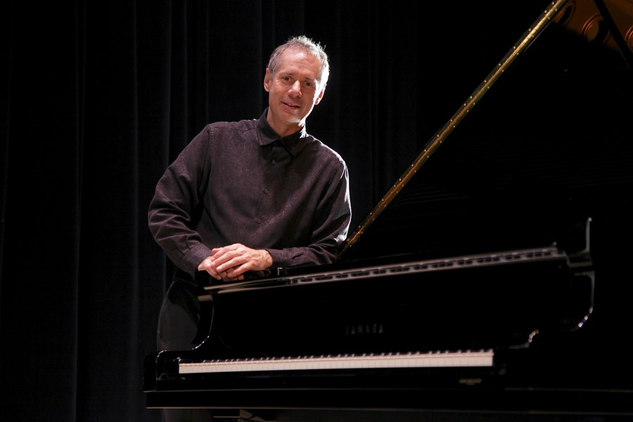 Gary Schmidt - Pianist - Denver, CO