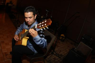 Omar Villanueva Guitarist | Albuquerque, NM | Classical Guitar | Photo #18