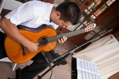 Omar Villanueva Guitarist | Albuquerque, NM | Classical Guitar | Photo #16