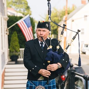 Framingham, MA Bagpiper | Highland Wedding