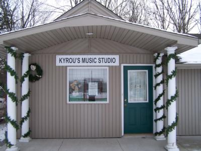 Kyrou's Music Studio | Fort Wayne, IN | Harp | Photo #25