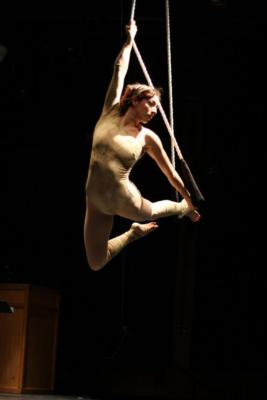 Naomi Aeva | Oakland, CA | Circus Act | Photo #6