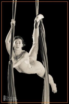 Naomi Aeva | Oakland, CA | Circus Act | Photo #2