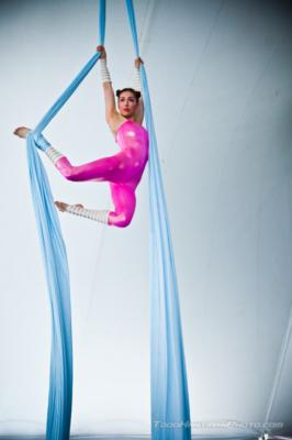 Naomi Aeva | Oakland, CA | Circus Act | Photo #1