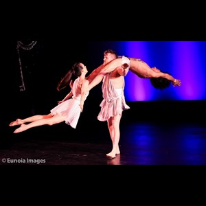 Fayetteville Acrobat | Ohio-Circus Acts And Cirque Performers