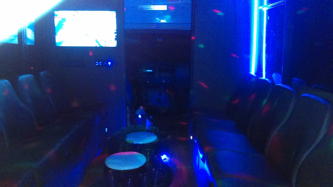 Vip C&S Limo - Party Bus - Grand Prairie, TX