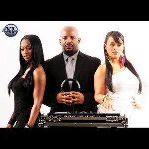 Ebony Prom DJ | The Incredible DJ XL