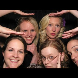 Red Eye Photo Booths - Nationwide Rental - Photo Booth - Lakewood, OH