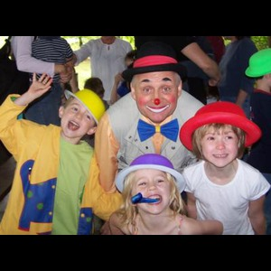 Peach Clown | Tommy The Clown/mime/entertainer