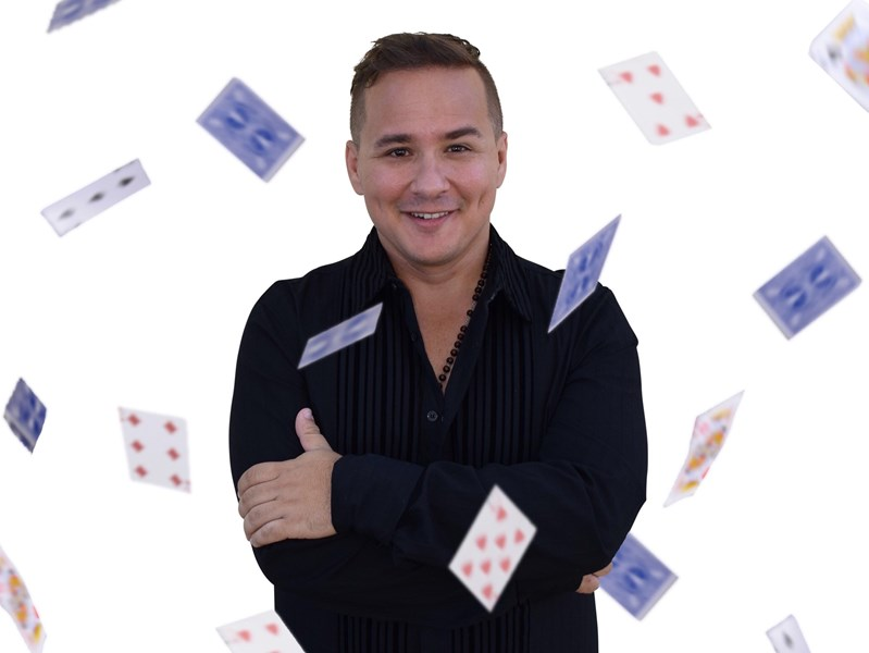 Dylan Ace : World Champion Magician (bilingual) - Magician - Miami, FL