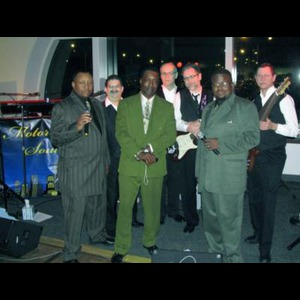 Au Gres Wedding Band | Motor City Soul