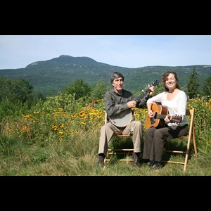 West Burke Acoustic Guitarist | Shady Rill - Tom Mackenzie And Patti Casey