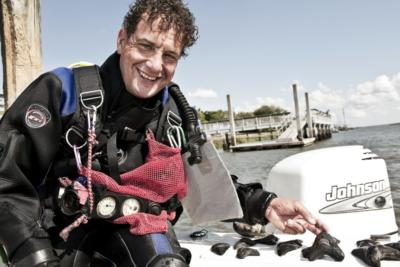 Diving For Prehistoric Creatures Of The Southeast | Savannah, GA | Business Speaker | Photo #1