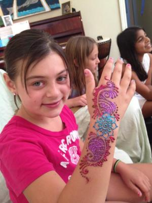 Yogis Henna and Face Painting | Fremont, CA | Henna Artist | Photo #16