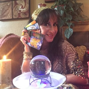 Ravendale Fortune Teller | Party Psychic