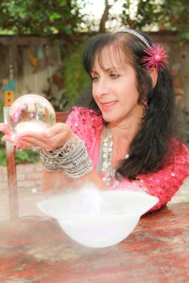 Party Psychic | Oakland, CA | Fortune Teller | Photo #10