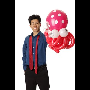 San Francisco, CA Magician | Perry Yan-Kids Magician & Balloon Twister