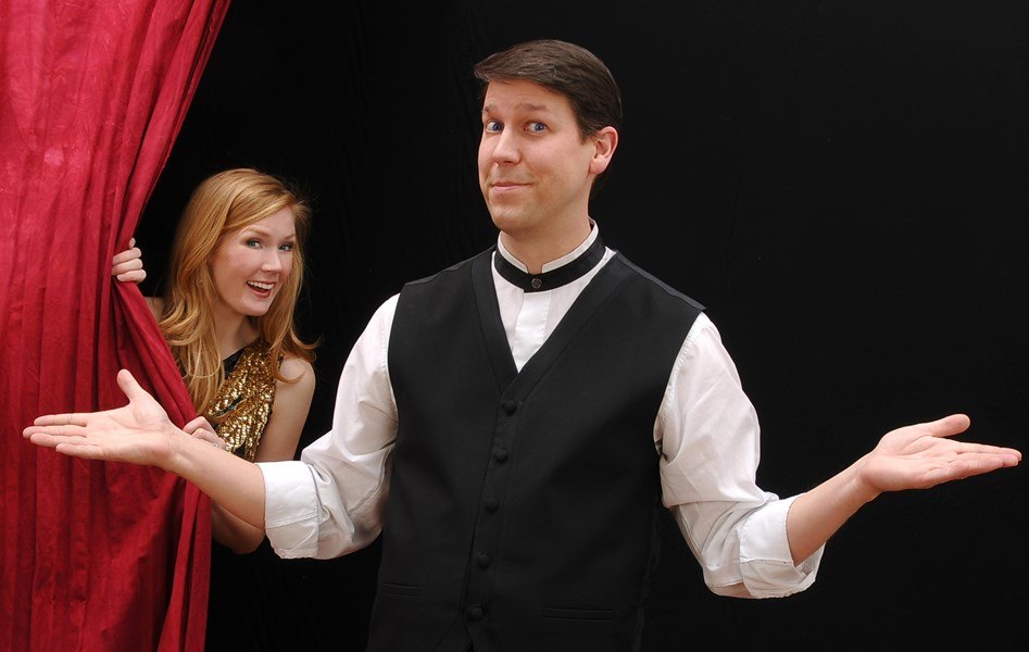 Corporate Comedian Magician... Mark Robinson - Clean Comedian - Buffalo, NY