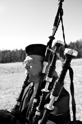 Ronald Dickey | Smyrna, TN | Bagpipes | Photo #3