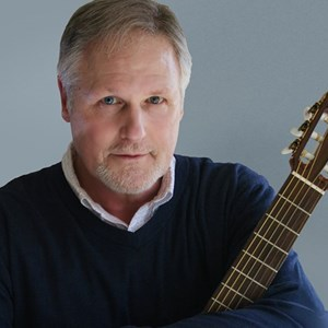 Grandville Acoustic Guitarist | Warren Kramer | Classical & Latin Guitarist