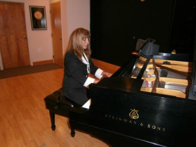 Elizabeth Delicio | Aventura, FL | Piano | Photo #1