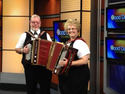 Ken & Mary Turbo Accordions Express | Marysville, OH | Variety Band | Photo #16