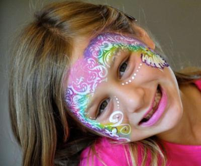 Smiley Face Art | Spring City, TN | Face Painting | Photo #2