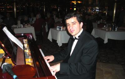 Victor Chebotarev | Seattle, WA | Piano | Photo #6